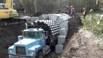 AMAZING! Building A RECLAIM TUNNEL With A Zipper Truck In A Very Short Period