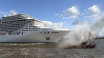 Fantasia-Class Cruise Ship Playing We Will Rock You / Seven Nation Army on Its Horn