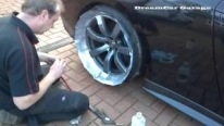 How to Paint alloy Wheels/Rims on a 720bhp Nissan GTR 'without' taking the wheels off?