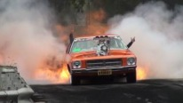 King of burnout - Blown V8 HOLDEN