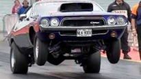 Dodge Challenger Slow motion Wheelie