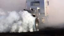 Longest Burnout Ever? The sweet song of Detroit Diesel horsepower