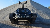 "Extreme Luxury Super CAR / TANK Machine ""Ripsaw EV2 """