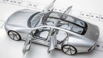 "Real Life Transformer From Mercedes ""Concept IAA"""