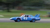 V8 Powered Plymouth Superbird Sounds Like a Beast