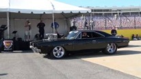 Insanely Charismatic 1969 Model Dodge Charger Powered by 1000HP 572 Hemi