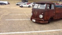 Coolest Patina Ever: Oldy Rusty Goldy 1959 Volkswagen Truck in Action