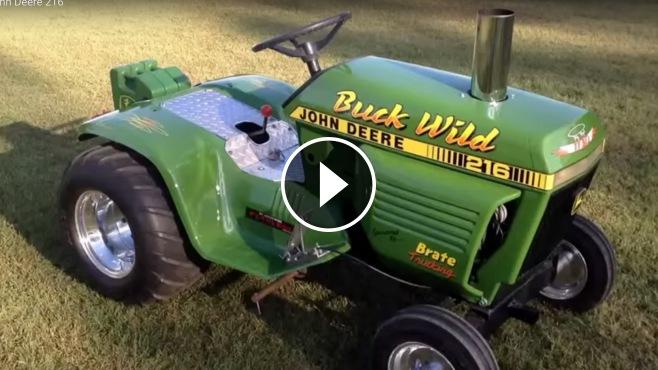 V-Twin John Deere 216 Garden Tractor