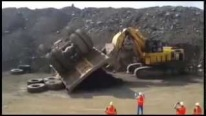 How to Rescue Upturned Komatsu HD785-7 That Weighs 158,800Ibs