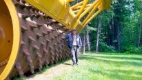 LeTourneau G-175: The Biggest, Largest and Coolest Tree Crusher on the Planet