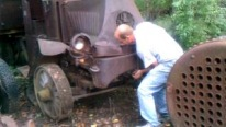 See What Happens When You Try to Run Vintage Mack Truck