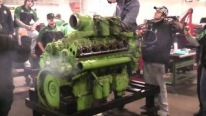 Monstrous Detroit Diesel 12V71 Engine Looks Sounds and Works Really Good