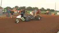 Sick 3 Wheeler Bike Powered by Gorgeously Strong Engine Runs As Fast As the Roadrunner