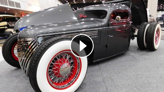 Amazingly Designed 1946 Chevrolet Lowrider Pickup Caught