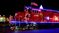 Sparkling Christmas-Themed Train Is As Jolly As Christmas Spirit MUST SEE!!!