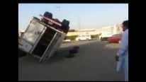 Now That's the Way You Fix an Overturned Truck Without Pushing up the Daises