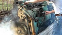 Smokin' Hot 6-71 Detroit Diesel Engine Works Like a Boss!!!