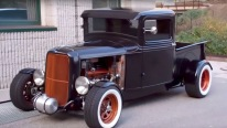 1933 Model Majestic Ford Pickup Truck Has Its Every Single Detail Beyond Perfection