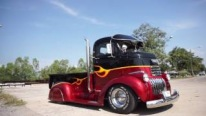 Truly Mesmerizing 1941 Chevrolet COE Truck Customized by Accomplished Thai Company Burotang