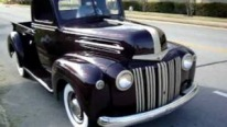 1947 Model Chevy Pickup with Eggplant Purple Paintjob Looks Stunningly Beautiful