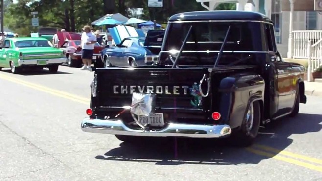632 Big Block Chevrolet Pro Series Drag Race Engine Gives Truck a