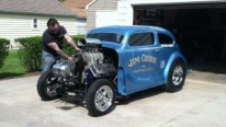 Roaring 392 HEMI Powered AA/GS Gasser Looks Majestic with Its Every Single Detail
