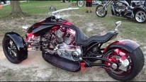 Scorpion RT Custom Three Wheel Motorcycle Looks Fabulously Beautiful