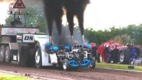 Slædehunden of Denmark: Tractor Pulling Has Never Been That Fun!