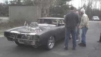 Super Strong 572 HEMI Charger Performs Some Sick Burnouts While First Test Run