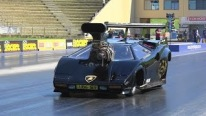 Mesmerizing Lamborghini Countach Specialized for Drag Racing