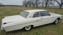 Very Rare 1962 Mercury Monterey That Has Been Sitting in Barn for 30 Years is Finally Unveiled