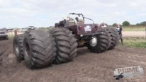 Extra-Extreme Mud Truck Looks Like It Just Came from Planet Mars!