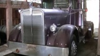 Barn Find 1958 Kenworth Truck Is Brought Back to Life Thanks to Skillful Hands