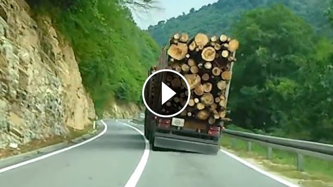Final Destination 2 Was Bout To Happen Insane Guy Drives