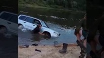 Subaru Forester Fail and Rescue in One Unbelievable Footage