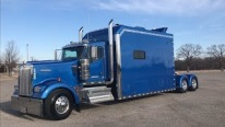 Kenworth W900 ICT 180'' Custom Sleeper Truck is Nicer Than Many Apartments'