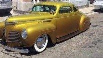 Custom Built 1940 Plymouth Coupe with Golden Paintjob Looks Extremely Elegant