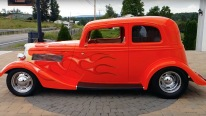 Come and Check This 1933 Ford Vicky with Compelling Engine!