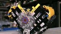 LPE LEGO V8 Pneumatic Engine Runs and Sounds Like a Little Monster