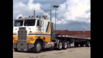 500HP 8V92 Double-O Detroit Diesel Powered 1981 White-Freightliner Cabover