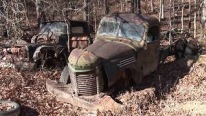 80 Acres Junk Yard With Hundreds of Vehicles is the Heaven on Earth!