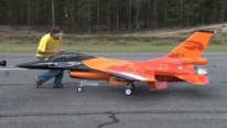 1:4 Scale F-16 Turbine Jet Flies Like A Free Bird