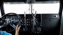 Not for Everyone: Gifted Driver Performs Miracles with 3 Stick Shifting Kenworth W900L