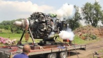 Wright R-3350 32WA 18-Cylinder Radial Aircraft Engine Starts For the First Time After 32 Years
