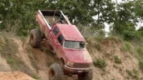 Monster-Like Mud Truck Climbs on Huge Hill Like a Pro!