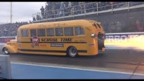 Extraordinary School Bus Powered by an Insane Jet Turbine Engine