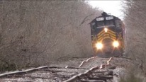 The Way This Doubleheader Train Runs on Tracks is Gonna Leave You Speechless!