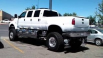 World's One of the Biggest Ford Diesel Monster Trucks