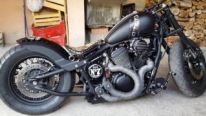 Honda Bobber Shadow Hypnotizes with the Way It Sounds!