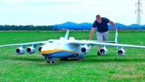 1/16 Scale R/C Antonov AN-225: The World's Largest Cargo Aircraft!